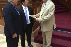 Con el diputado Freddy Guevara, en la presentación del Proyecto de Ley de Recuperación de Bienes y Activos vinculados a la Corrupción (2016)