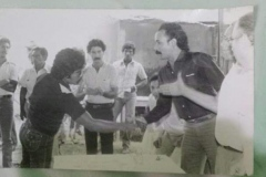 En Cagua - Edo. Aragua (1974) junto a Victor Batista.JPG