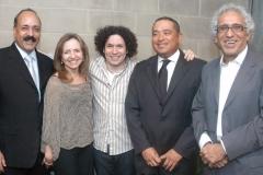 Junto a Gustavo Dudamel, mi esposa Margarita, Ra£l Azuaje y el Dr